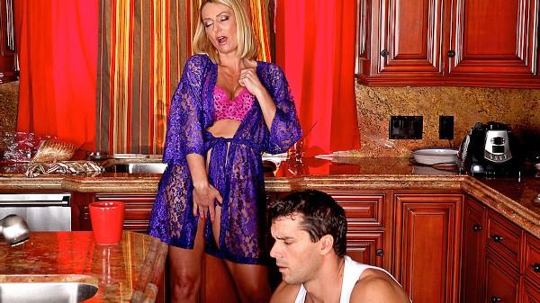 Fix my Pussy - Brazzers Porn Scene