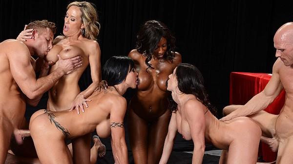 Miss Titness America - Brazzers Porn Scene
