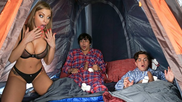 Lil Campers featuring Britney Amber, Ricky Spanish, Juan El Caballo Loco - Reckless In Miami Scene
