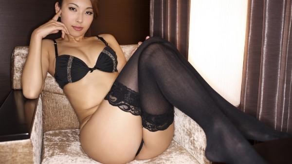 Erito porn - Cumming from Mai's Foot Job