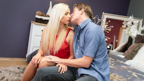 Watch Ricky Rascal, Gabi Gold in Creampie pounding for German blonde