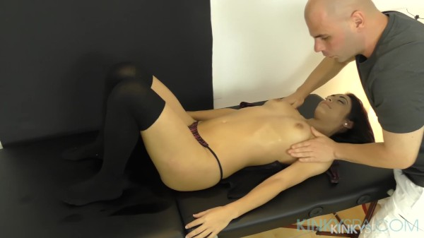 Luscious Lucia Gets Fucked Like Crazy During Massage
