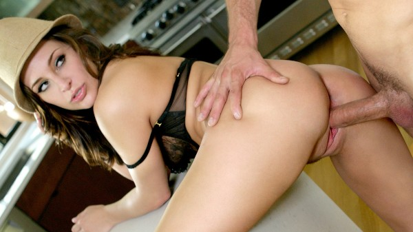 Asking Price - Scene 4 - Gracie Glam, Scott Nails