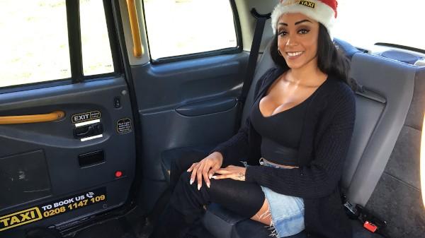 Watch Alyssa Divine in Big tits petite ebony babe squirts