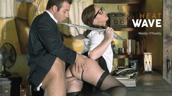 Heat Wave - Chad White, Maddy Oreilly - Babes