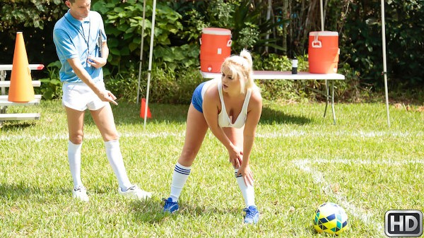 Double Dribble with Tyler Steel, Nikki Blake at bignaturals.com