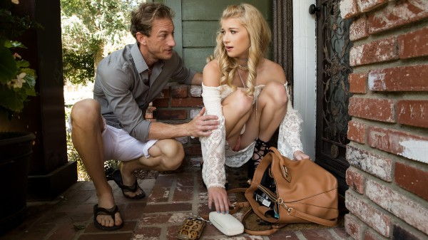 Locked out Lust - Ryan McLane, Arya Fae - Babes